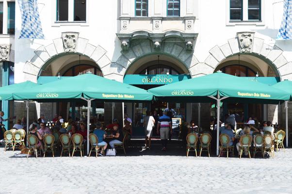 Pavillons Orlando Schirme